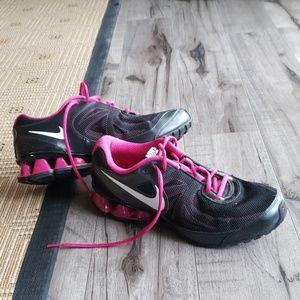 Nike read run 7